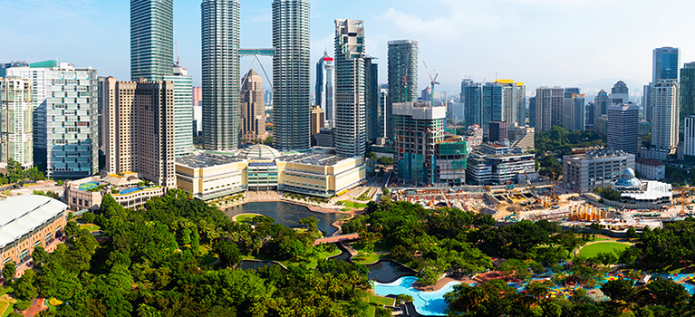 A guide to living and working in Malaysia | Aetna International